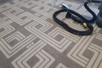 Jak-usunąć-plamę-z-dywanu-?